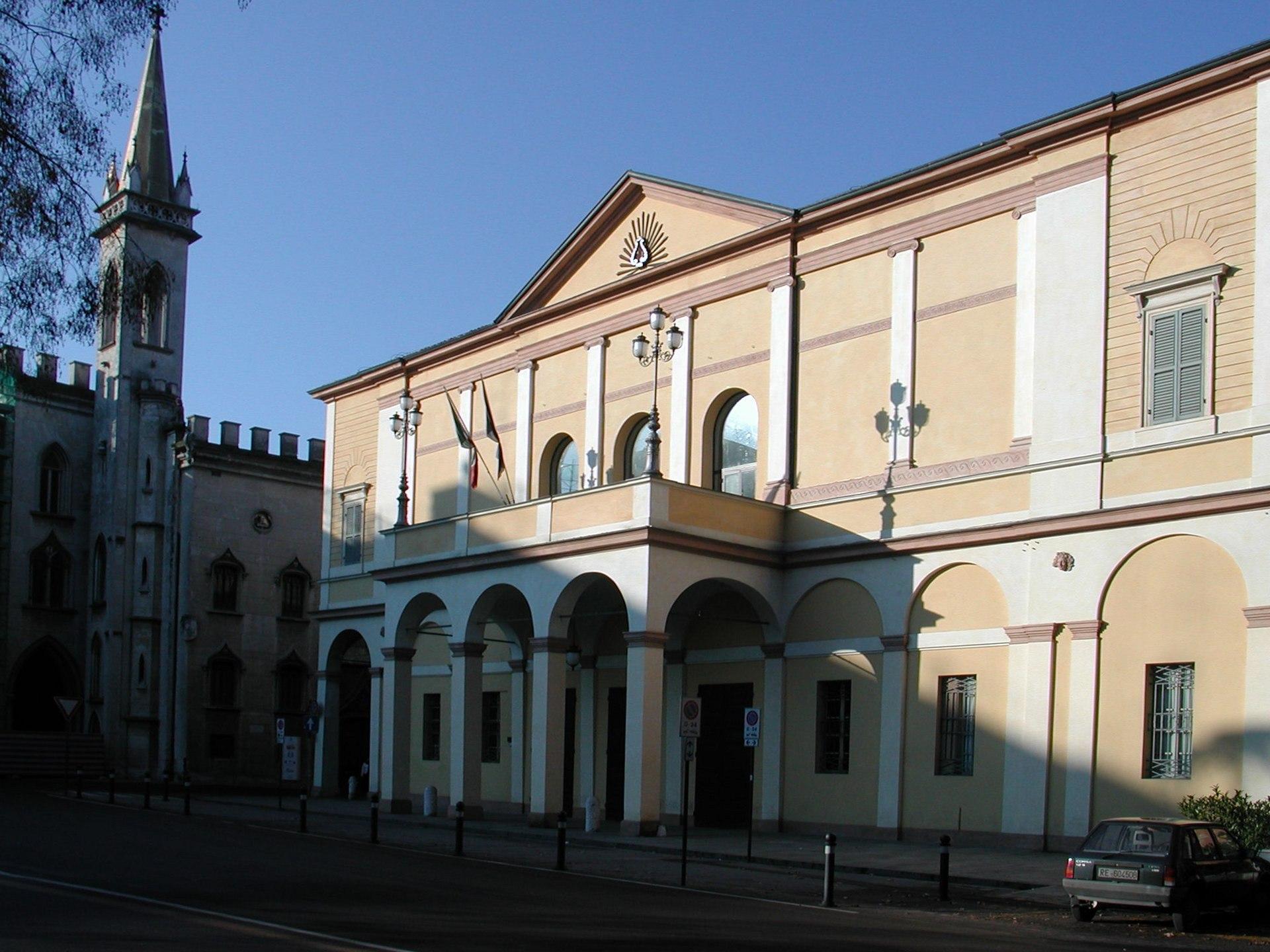 Teatro ariosto wikipedia for Tre stelle arreda reggio emilia