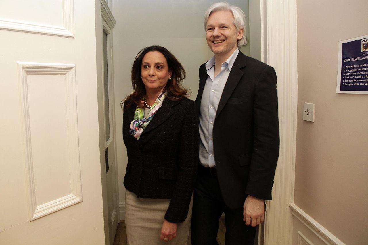 Reunión con Julian Assange.jpg