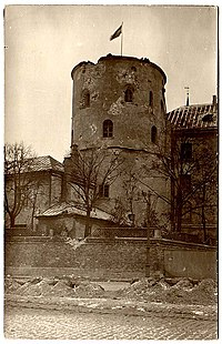 Riga castle ww1 shelling.jpg