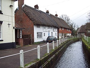River Meon - Image: River Meon at East Meon geograph.org.uk 425106