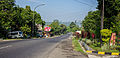 Roadway in front of Banaran9 Cafe, Pringsurat, Temanggung 2014-06-16.jpg