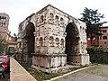 Roma, Arco di Giano (2).jpg