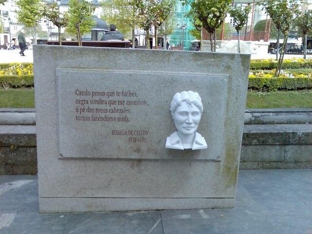 Rosalía, monumento en Lugo
