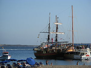 Ship. Tenefire. Los Cristianos port.