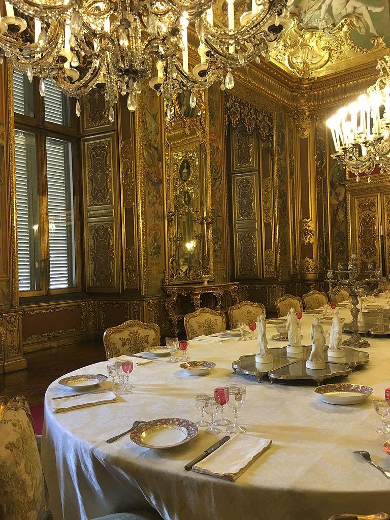 File sala da pranzo palazzo reale torino for Sala da pranzo reale