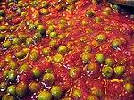 Salsa al pomodoro con piselli.jpg