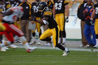 Santonio Holmes - Santonio Holmes with the Pittsburgh Steelers in 2006.