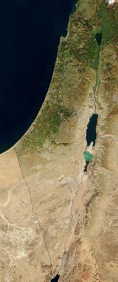 צילום לוויין של ארץ ישראל משנת 2003, הכולל את המדינות ישראל ולבנון, וכן את שטחי הרשות הפלסטינית, רוב שטחה של ירדן, וחלקים משטחן של סוריה ומצרים. ויקיפדיה ישראל