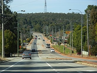 Sawyers Valley, Western Australia - Great Eastern Highway in Sawyers Valley from the west