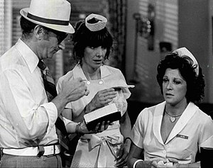 Lee Wallace (actor) - From TV's Alice (1977), L-R: Lee Wallace, Beth Howland and Linda Lavin