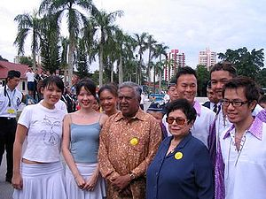 S. R. Nathan - President Nathan and his wife Urmila Nandey at the BBCares Carnival organised by the Boys' Brigade in Singapore in July 2005