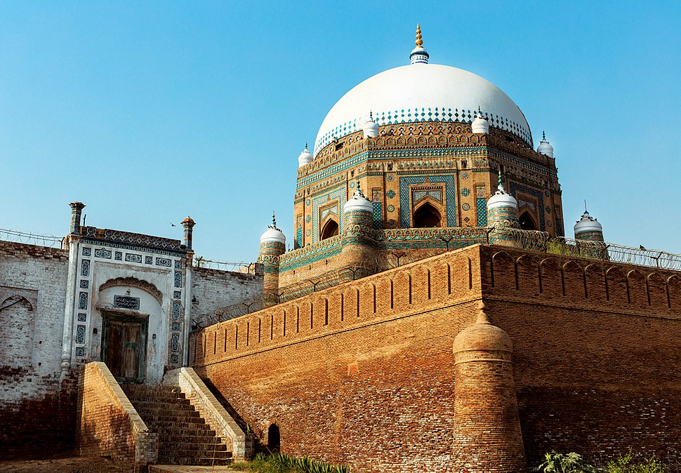 Tomb of Shah Rukn-e-Alam - Howling Pixel