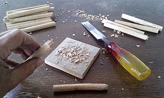 Treenail - Image: Sharpening trenails