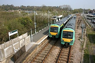 Marshlink line - Image: Southern Diesel Trains serve Rye Station geograph.org.uk 1452175
