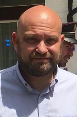 Střelba na Úřadu práce pro Prahu 2 a 3 dne 29. června 2021 – 33 – rozhovor TV Nova s ředitelem Úřadu práce Viktorem Najmonem – screenshot Viktor Najmon – ořez.png