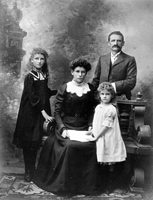 English: Lorenz family members.