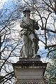 Statue Cousin Sens 2.jpg