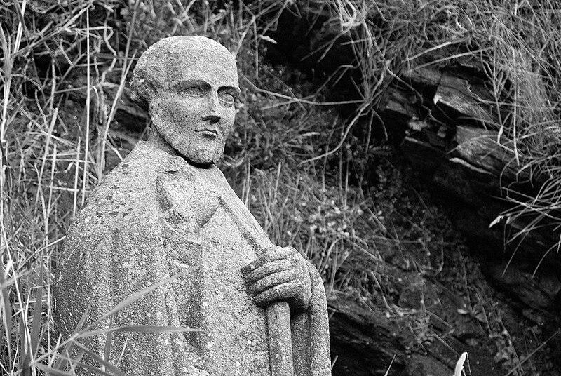 Statue de Gildas près du village de Saint-Gildas-de-Rhuys