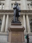 Statue of Rowland Hill, London, August 2014 01.jpg