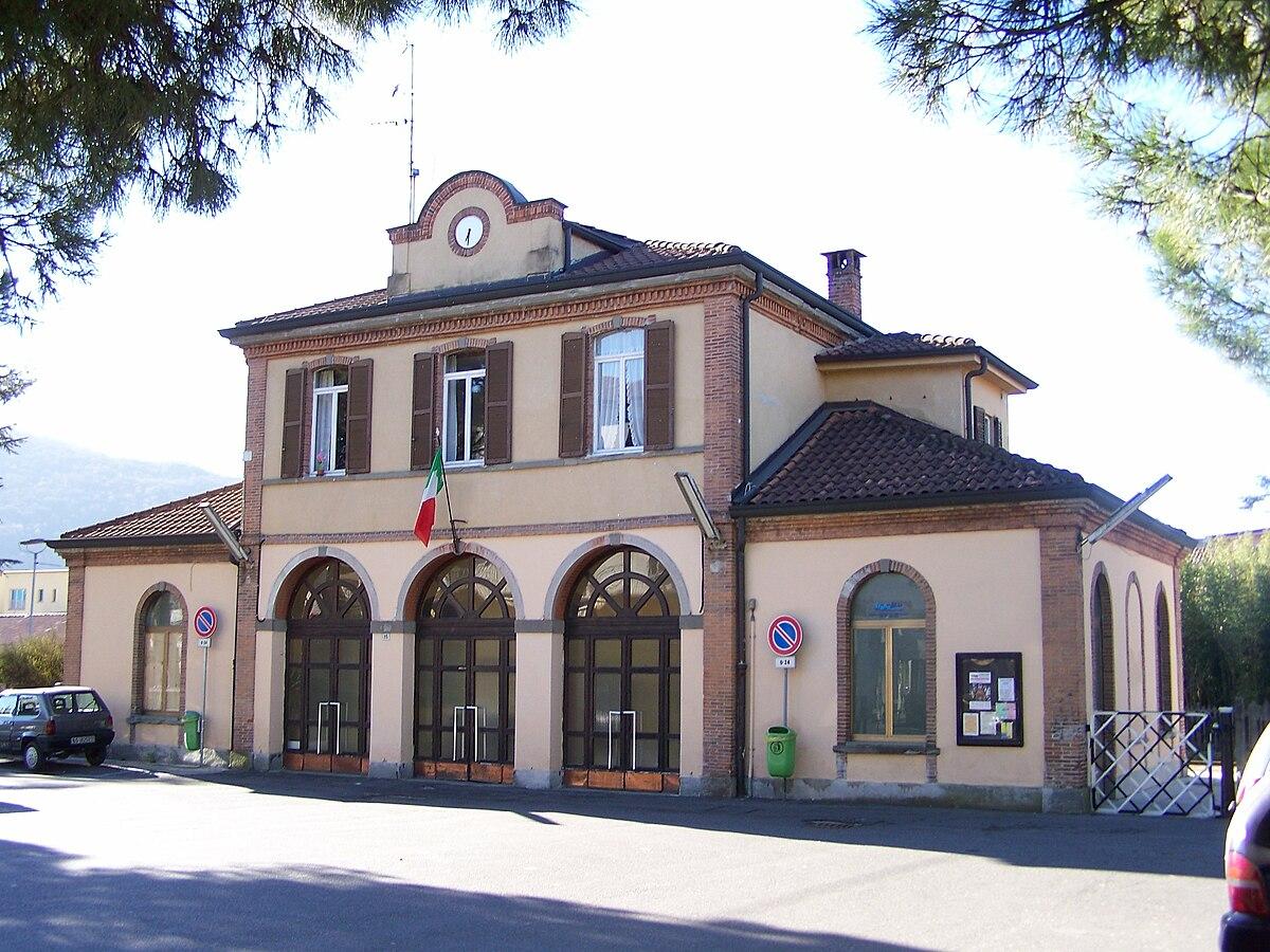 stazione di paratico sarnico wikipedia