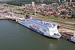 Stena Hollandica at Hoek van Holland Haven aerial photo.jpg