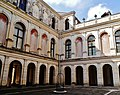 Stra Villa Pisani Außen Cortile Est 4.jpg