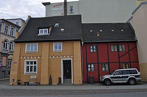Stralsund, Fährstraße 17, Ecke Fährwall, Gaststätte Zur Fähre (2012-03-04) 2, by Klugschnacker in Wikipedia.jpg