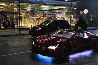 Suicide Squad (film) - Filming of a chase sequence on Yonge Street in Downtown Toronto, May 2015
