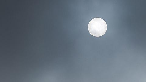 Sun in fog in Lysekil.jpg