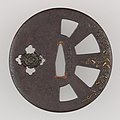 Sword Guard (Tsuba) MET 14.40.916 001may2014.jpg