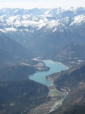 Sylvenstein Dam - Image: Sylvensteinspeicher (Luftbild)