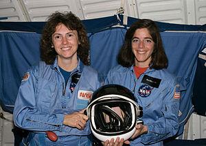 Barbara Morgan - Christa McAuliffe and Morgan in 1985.