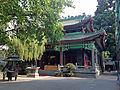 Temple of the Six Banyan Trees 2013-08.JPG