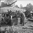 The British Army in Normandy 1944 B8892.jpg