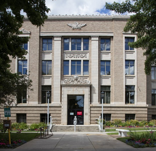 Garfield Park Apartments: File:The Garfield County Courthouse And County Office