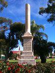 Titanic Bandsmen Memorial monument in Broken Hill, NSW (1913).jpg