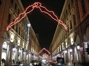 Torino, via roma di notte