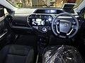 Toyota AQUA S (DAA-NHP10) interior.jpg