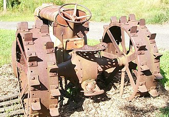 Millington, New Jersey - Image: Tractor rusting at farm