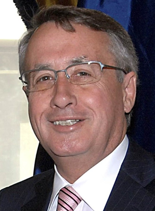 Treasurer Wayne Swan, 2009, crop