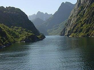 Austvågøy - Image: Trollfjorden 002
