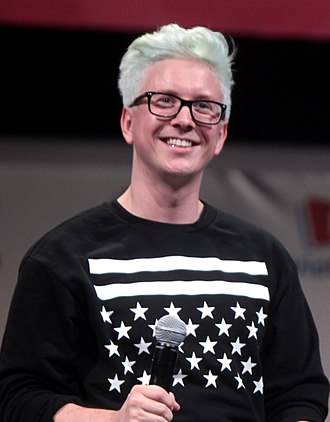 Tyler Oakley - Oakley at VidCon 2014