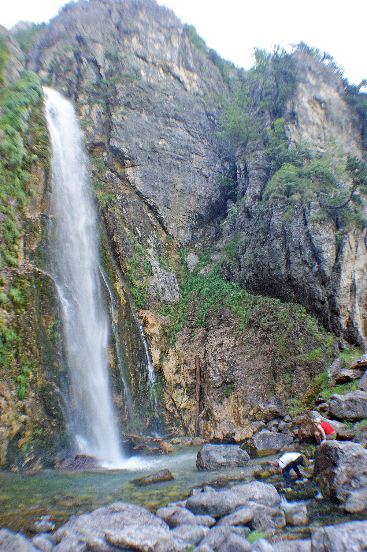Wasserfall von Grunas – Wikipedia