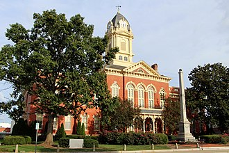 Monroe, North Carolina - Union County Courthouse and Confederate Monument in Monroe