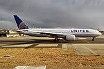United Airlines, N206UA, Boeing 777-222 ER (43438554660).jpg