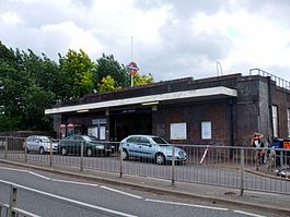 Upney station building.JPG