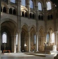 Vézelay-Sainte-Marie-Madeleine-144-Chor-2008-gje.jpg