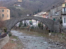 Il ponte di Grecino nel quartiere omonimo