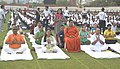 Vasundhara Raje Scindia performing Yoga along with other participants, on the occasion of the 2nd International Day of Yoga – 2016, in Jaipur.jpg