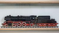 Verkehrsmuseum Dresden Modell der Dampflok V. Parteitag BR 23 10 I.jpg